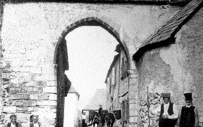 El Ayuntamiento de Naut Aran recupera la antigua puerta de entrada a Salardú