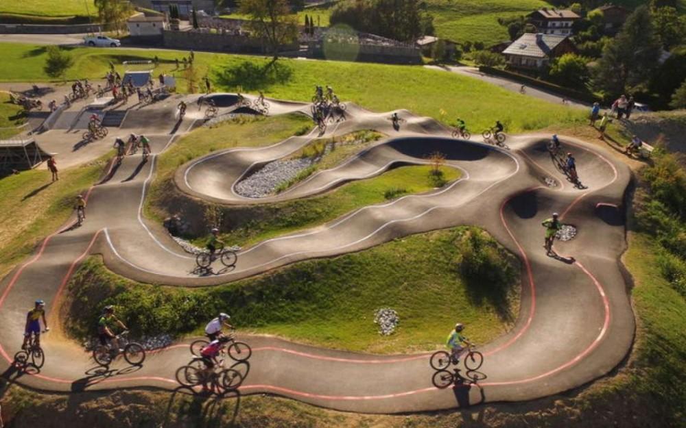 Lum verda dera Comission d'Urbanisme dera Val d'Aran ath Pump Track en Arties